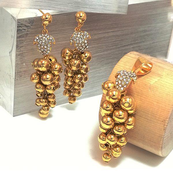 Jewelry Half